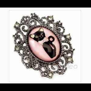 💍NWOT Betsey Johnson Statement ring💍